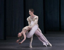 Teresa Reichlen and Russell Janzen in New York City Ballet's production of DIAMONDS.